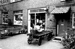 Basteln und Handarbeiten als kreatives Hobby: seit 1979 hat das Fachgeschäft in Düsseldorf ein breites Sortiment.